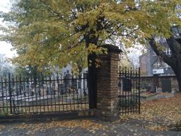 plener_fotograficzny_na_cmentarzu_2
