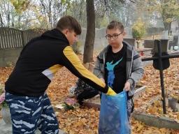 wolontariusze_pamietaja_o_opuszczonych_grobach_2019_2