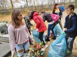 wolontariusze_pamietaja_o_opuszczonych_grobach_2019_9